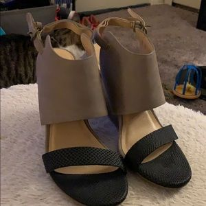 Black and gray wedge sandals